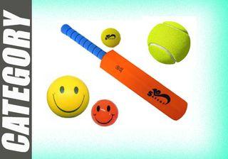 BALLS & SPORTS