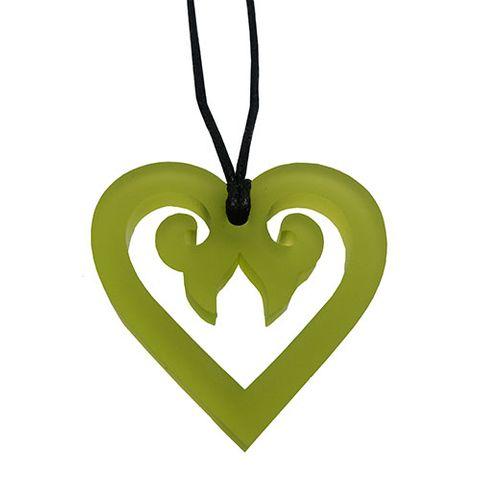 KOHA PENDANT AROHA HEART - BRIGHT GREEN^