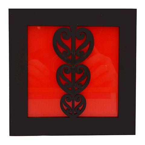 KOHA WALL ART - BLK KOWHAIWHAI HEART RED^
