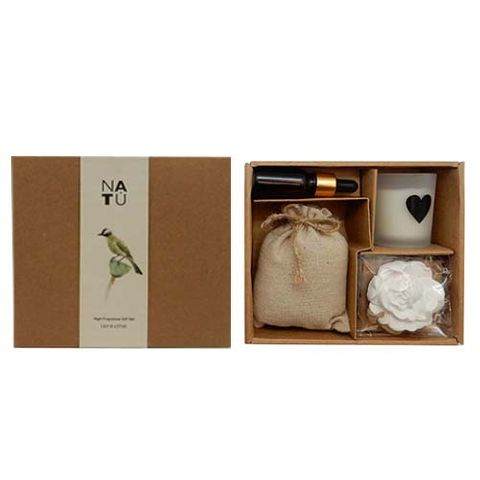 SCENTED GIFT BOX - LILY