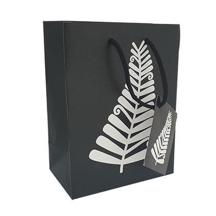 GIFT BAG SMALL NZ B&W FERN