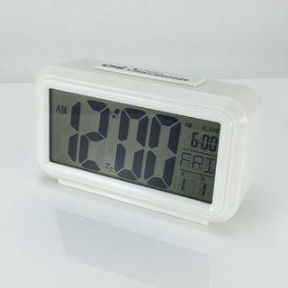 Quartz Alarm White - LCD  (Silent)
