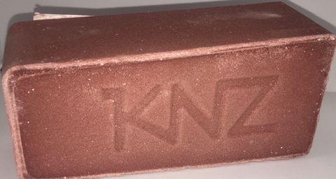 KNZ Horse Salt/Mineral Blocks 2KG
