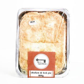 Chicken& Leek Pie 800g (3)
