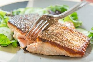 ATLANTIC SALMON STEAKS SKIN ON PAC WEST 200g x 5kg