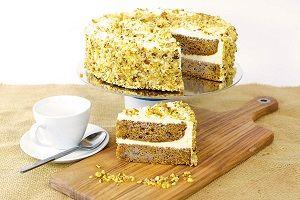 PRE CUT CARROT CAKE HEAVENS KITCHEN x 14 (6)