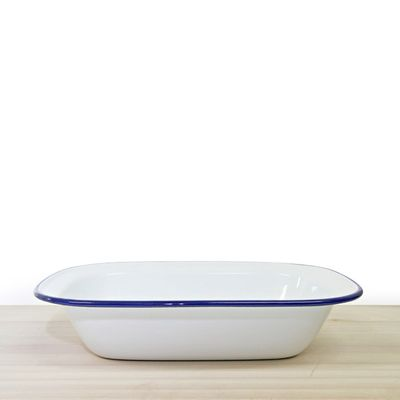 PIE DISH WHITE WITH BLUE RIM ENAMEL