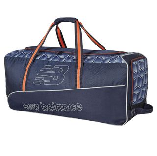 NEW BALANCE D C580 JUNIOR WHEEL BAG