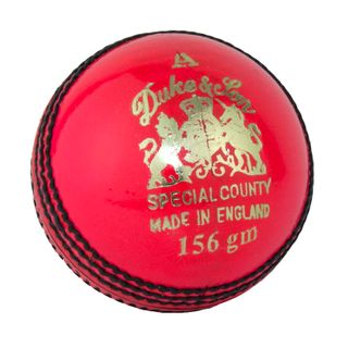 DUKES CROWN SPECIAL COUNTY 4 PIECE CRICKET BALLS