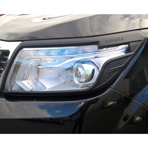 Navara NP300 Head Light Trim Set Black