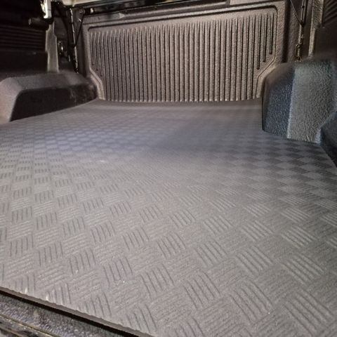 Rubber Tray Mats for Ford and Mazda