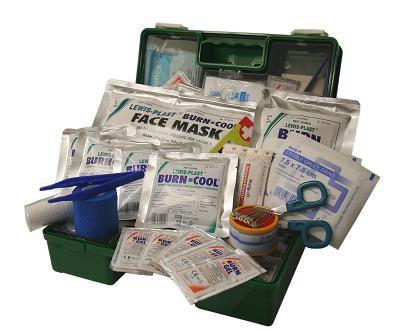FIRST AID QSI COMMERCIAL BURNS KIT PLASTIC BOX