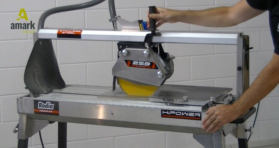Tips from Amark Group for accurate tile cutting