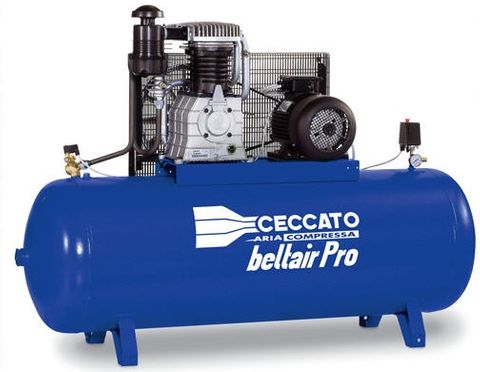 Piston Compressor Ceccato 7.5HP with NS39 on a 270L Receiver 4116023847  29.2CFM
