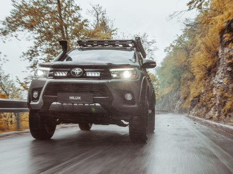 Lazer Lamps Toyota Hilux (2015+) Grille Kit