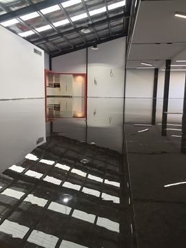 Concrete floor becomes a statement piece with epoxy floor coating
