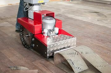 Floor lifting just got easier with the Roll RO-2 Self Propelled Floor Lifting machine