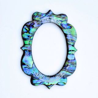 #SPEC#Natural Paua Oval Frame Small