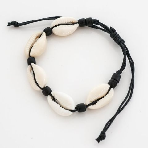 Cowrie Bracelet Black