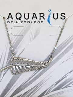 Silver Fern Horizontal Pendant