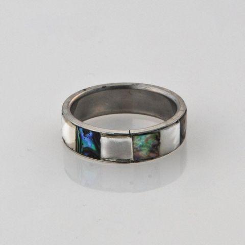 Paua White Shell 5mm Ring - Small