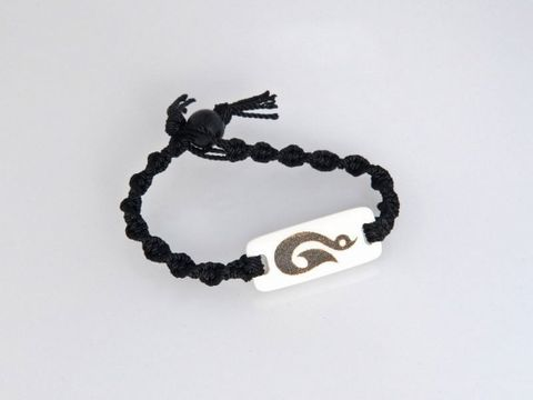 Bone Hook Macrame Bracelet - Large