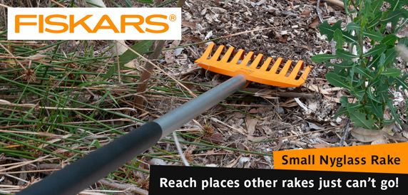 FISKARS Small Nyglass Rake - Reach places other rakes just can't go!