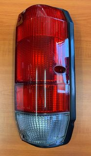 LAMP - TAIL WGN R/H RED CLEAR GENUINE