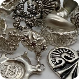 Dahna Mak jewellery