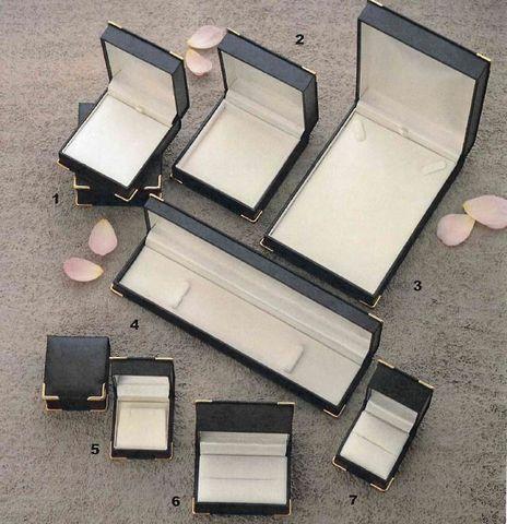GOLD CORNER BOXES - BLACK / CREAM