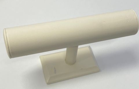 T-Bar Stand Cream