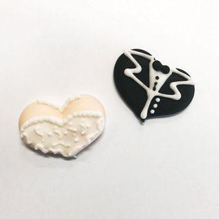 BRIDE & GROOM HEARTS (72)   SUGAR DECORATIONS
