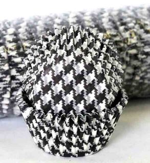 408 BAKING CUPS - BLACK HOUNDS TOOTH - 500 PIECE PACK