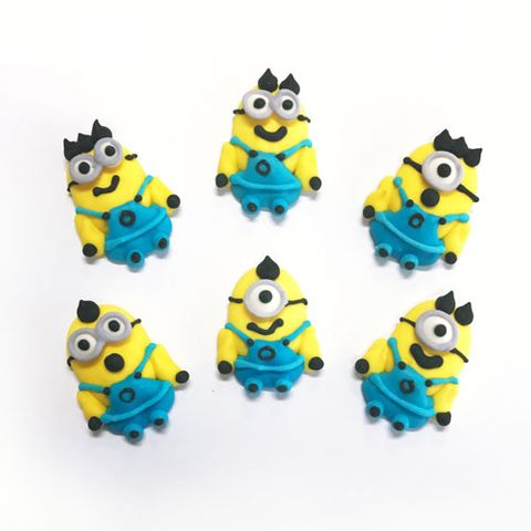 MINIONS WITH BODY (48) | SUGAR DECORATIONS