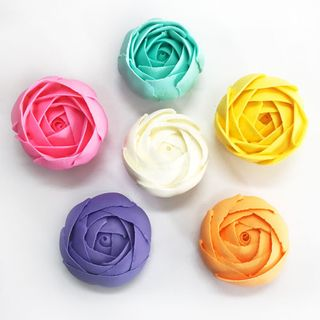 CABBAGE ROSE LARGE ASSORTED (36)   SUGAR FLOWERS