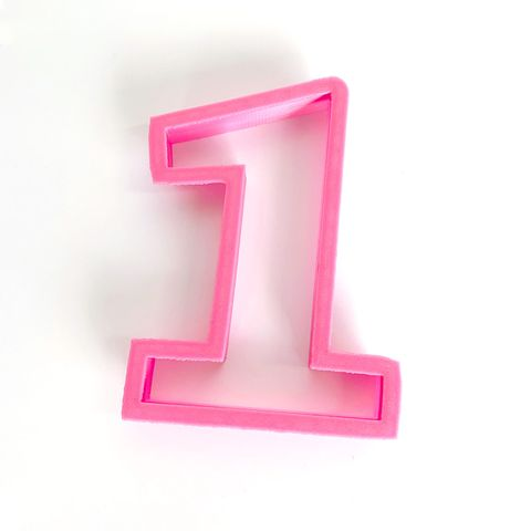 NUMBER 1   COOKIE CUTTER   LARGE