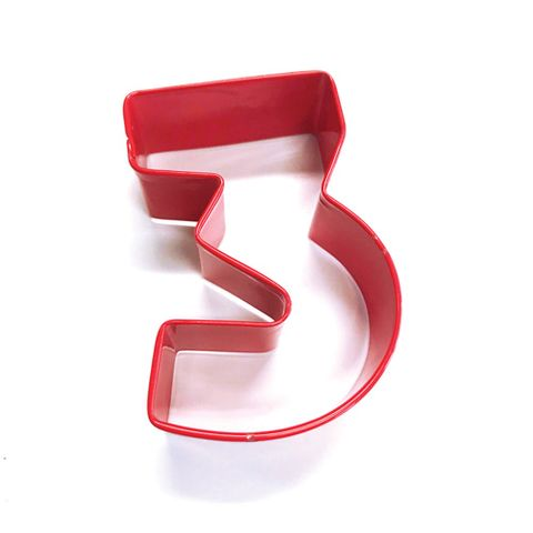 NUMBER 3 | COOKIE CUTTER | RED