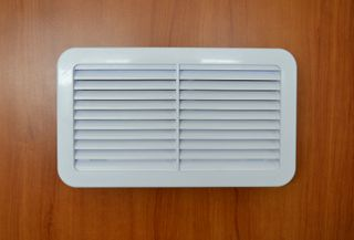 VENT PLASTIC JAYCO WHITE 240x140 OUTER