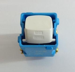 HPM 769PMWE D/POLE MECH BLUE BASE WHITE
