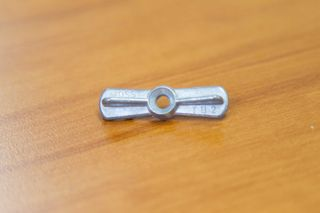 FLYSCREEN RETAINING CLIP 40mm