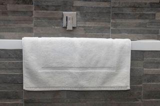 Elite Bath Mat White