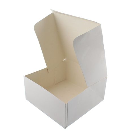 "White Pastry / Cake Box 13"" x 13"" x 4"" / 325mm(L) x 325mm(W) x 100mm(H) - Packet of 50"