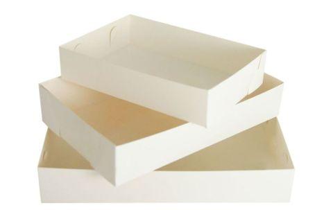 White Cake Tray No. 20 135mm(L) x 180mm(W) x 45mm(H) - Packet of 200