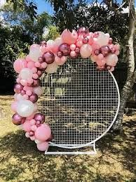 Round Mesh Hoop With Balloon Garland Attached