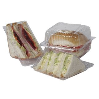 PWT9 Clearpak Medium Sandwich Wedges - 80x130x60