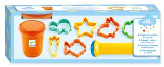 MODELLING DOUGH WITH COOKIE CUTTERS