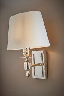 Newton Wall Lamp