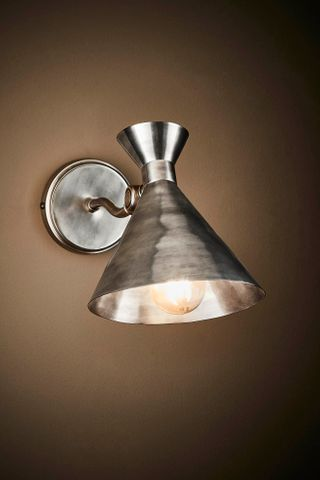 Lawson wall lamp in silver
