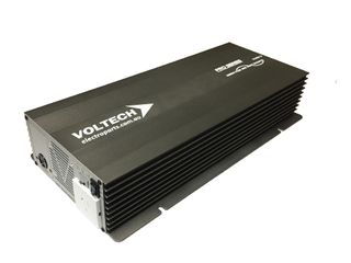 Pure sine wave inverter Pro Series Voltech 24V (3000W) with hard wire option