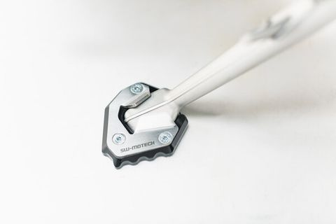 SW MOTECH SIDE STAND FOOT SIDESTAND EXTENSION IS MADE OF ALUMINUM ALLOY CNC MILLED.